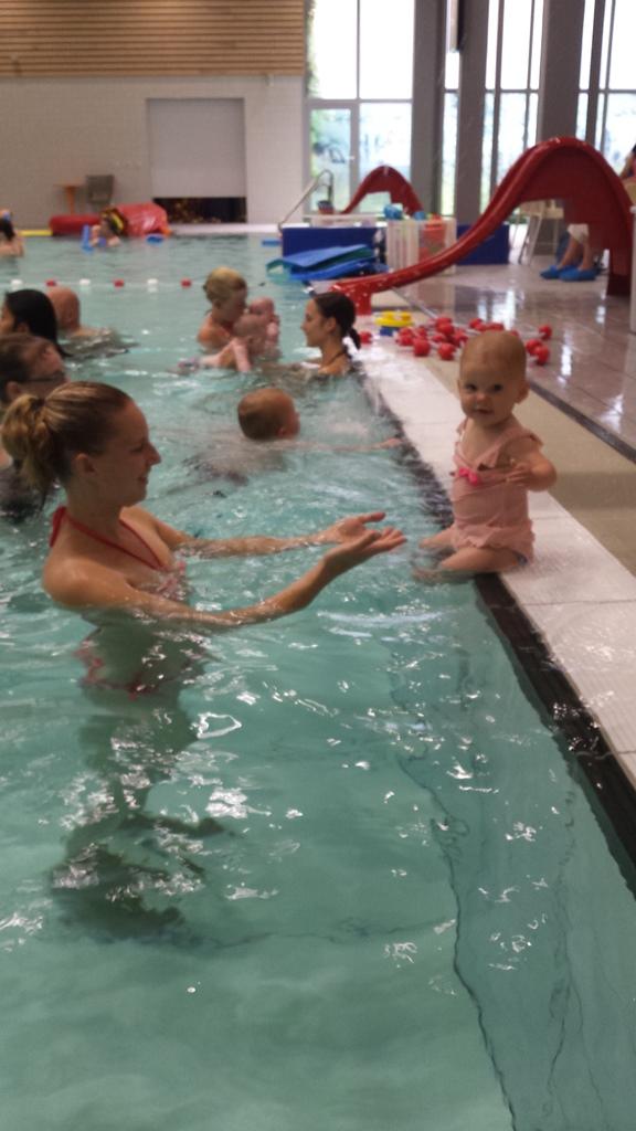 kayleigh afzwemmen 8