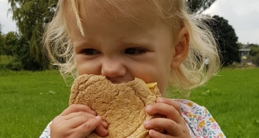 kayleigh met broodje