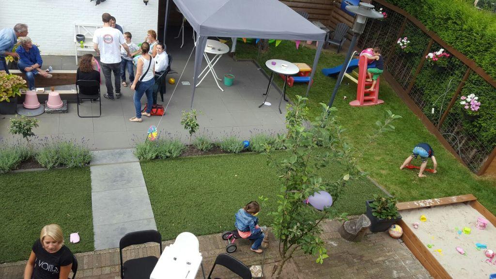 feestje in de tuin